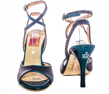 Nizza Twins 101 Availability: By order Observations: available color in Lila, size 37